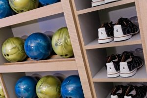 Picking The Right Bowling Shoe To Go Bowling With