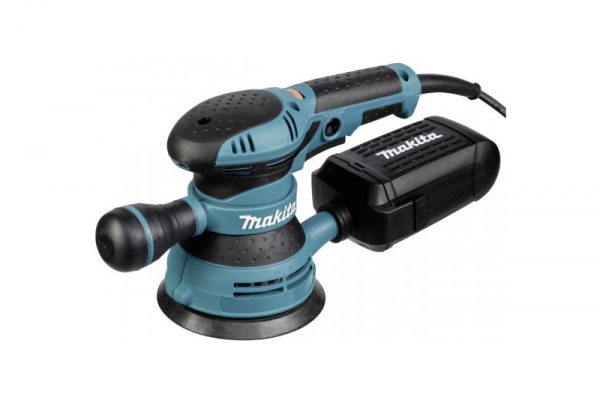 Turn the rough surface of wooden furniture to smooth with the help of Makita